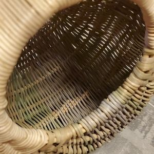 Vintage Accents - EUC Small Tri Color Oval Wicker Basket/Bag